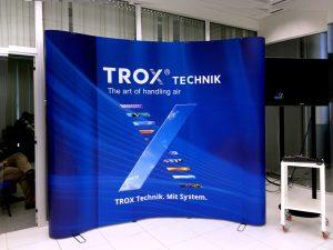 painel-backdrop-trox-1-300x225